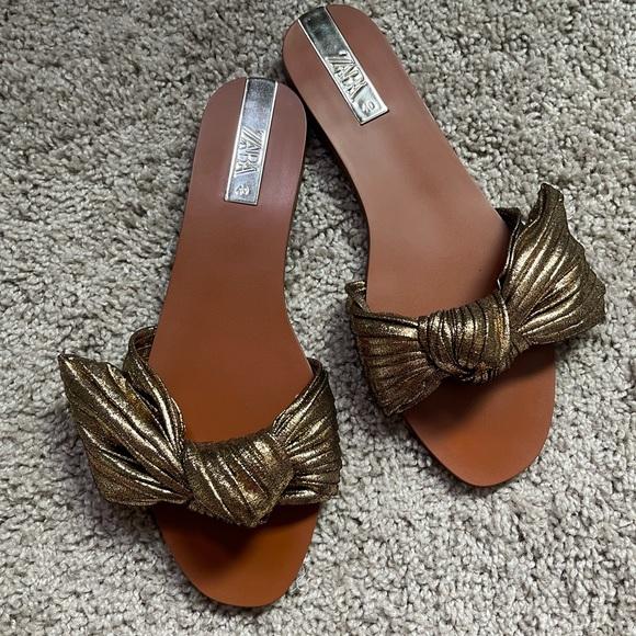Women's Zara flat sandals